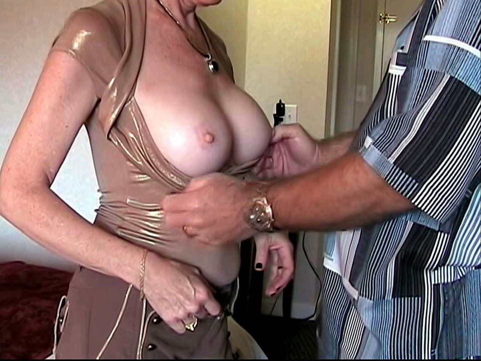 Wife cheating in hotel
